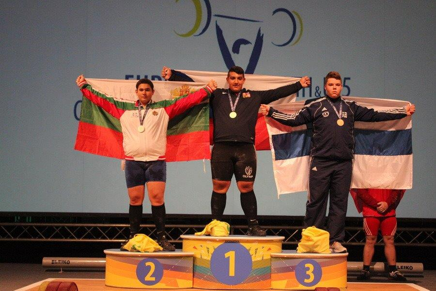 Junioři do 15 let a do 94 kg